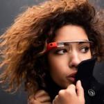 昨年から噂のGoogleが開発していた「Google Glass」がついに購入申込み受付可能!