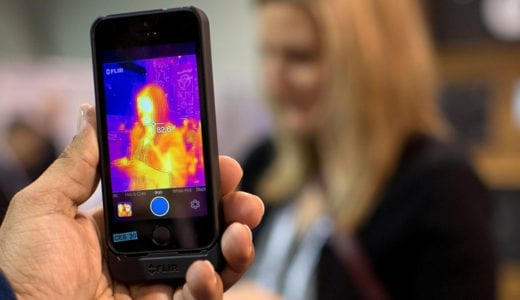 赤外線カメラがついに!!専用ケースを装着してiPhoneを赤外線カメラにできる「FLIR ONE」