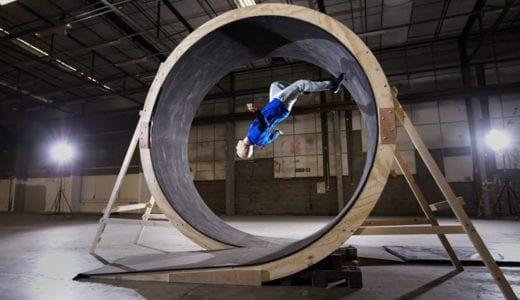 360度ループを自らの身体で走って成功させた男 PEPSI MAX X DAMIEN WALTERS