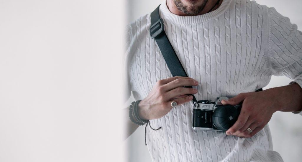 KUVRD ユニバーサルカメラストラップ