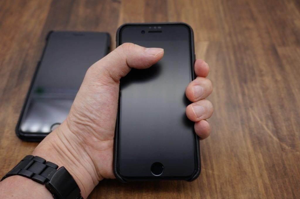 iPhone SE 2020(第2世代)グリップ