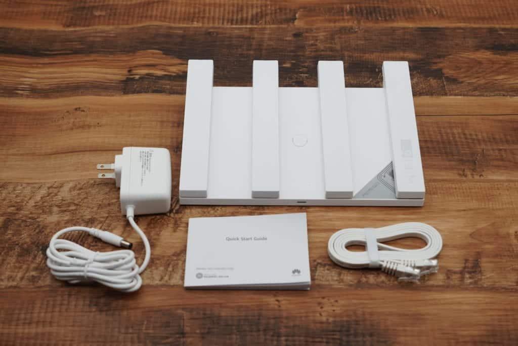 HUAWEI WiFi AX3 無線LANルーター 同梱品