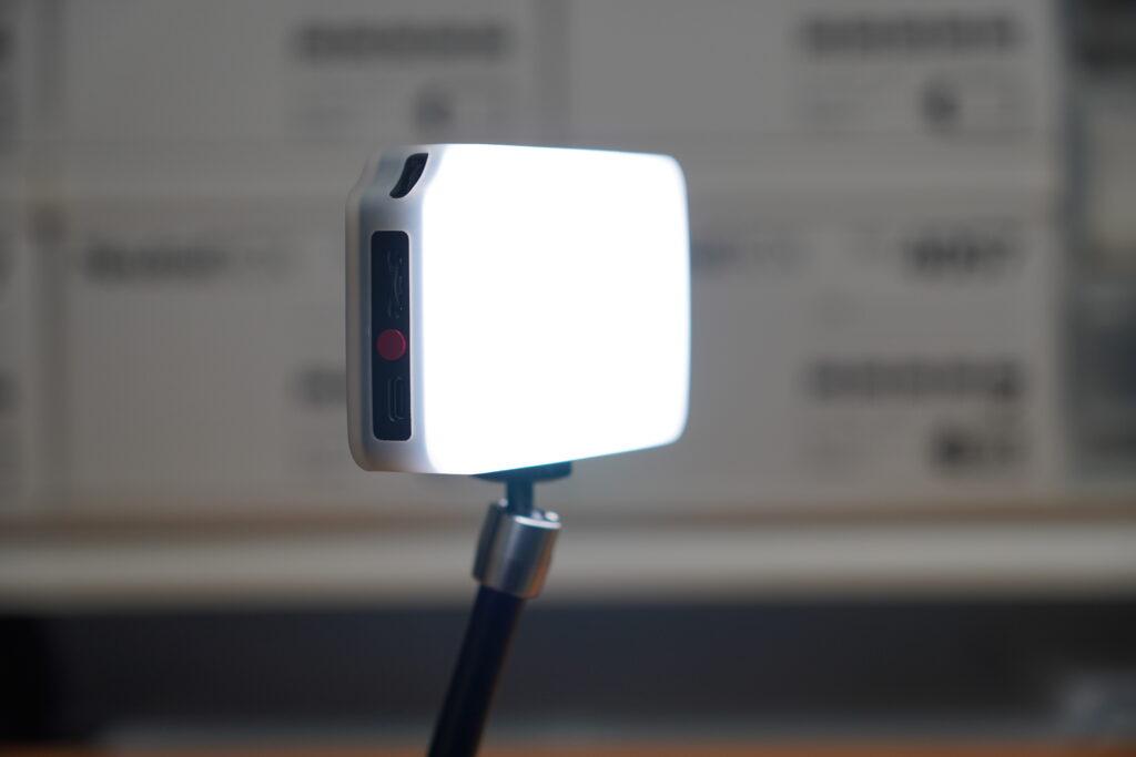 LAOFAS RGB LED Light レビュー