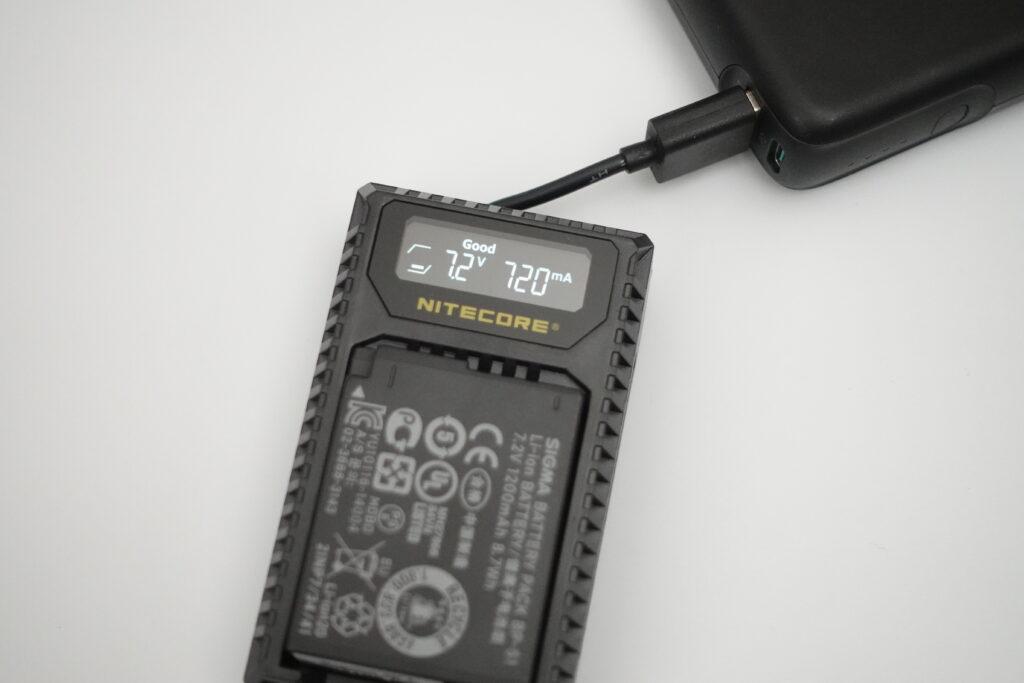 NITECORE ULQ 充電器