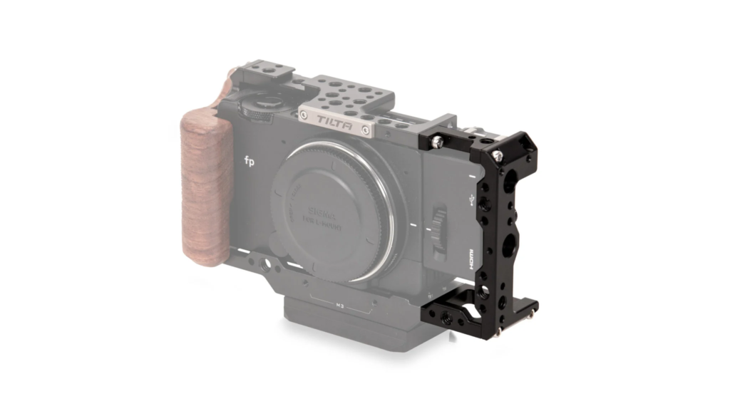 SmallRig製 SIGMA fp カメラケージ 3211 比較